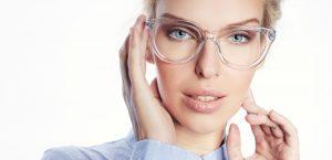 Vyhněte se zlozvykům při nošení brýlí!